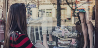 3 Strategies You Can Use to Entice Customers into Your Store main