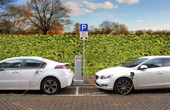 3 key benefits of owning an electric car cars