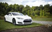 3 key benefits of owning an electric car white main 2