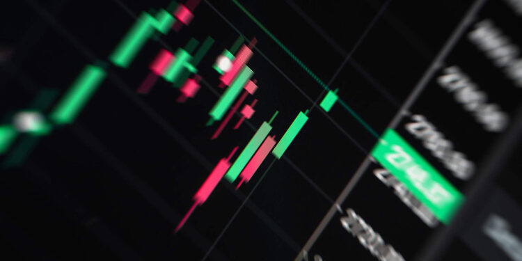 4 Essential Tools Every Forex Trader Needs main