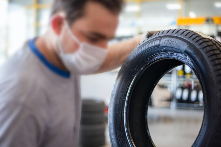 4 Reasons You Should Consider Professional Tyre Fitting & Care For Your Vehicle mechanic
