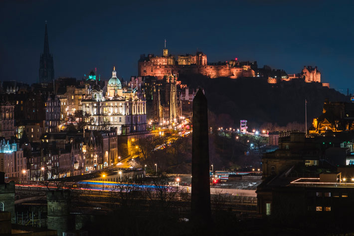 48 hours in edinburgh travel review night