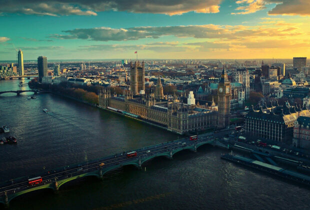 48 hours in london travel review main