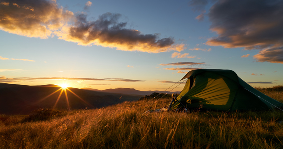 5 Reasons Why a Staycation is the Right Choice for You tent