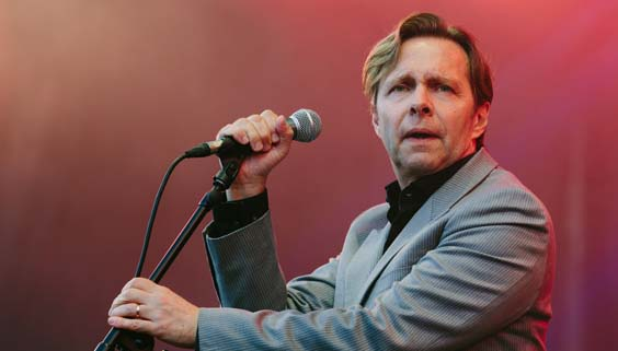 80s vs 90s live review scarborough open air theatre oat Clarke Datchler of Johnny Hates Jazz