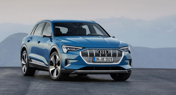 Audi e-tron 55 Quattro car Review front