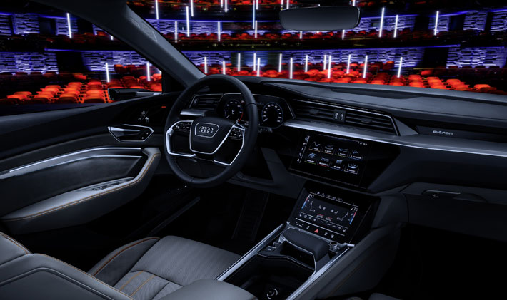 Audi e-tron 55 Quattro car Review interior
