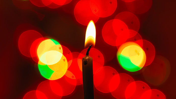 Beat the stress this Christmas and treat yourself with these amazing ideas instead candle