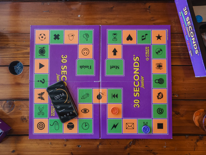 Best Games to Host With Friends boardgame