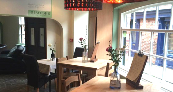 Bishop's Bar and Bistro Howden RESTAURANT REVIEW
