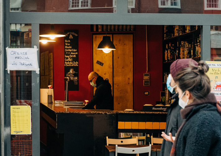 Businesses Face Staff Shortages as Restrictions Ease bar