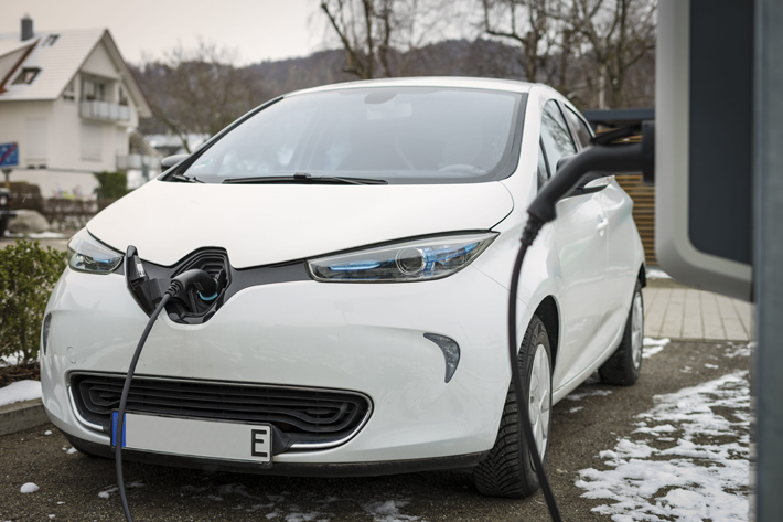 Can you Get an Electric Car on Finance white