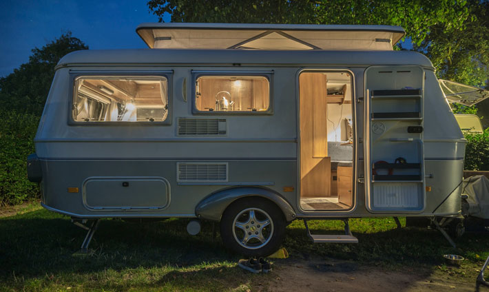 Enjoy caravan rental at the fraction of a rental company's price static