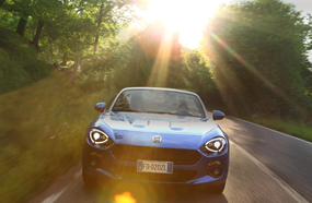 FIAT 124 spider review sun