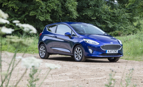 Ford Fiesta 1.0i Review shot