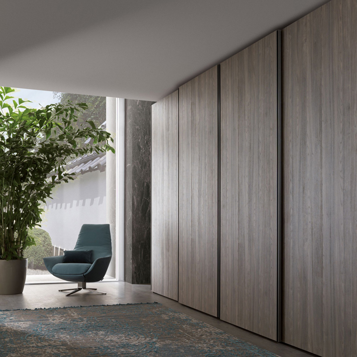 Hinged Vs Sliding Doors Comparison of Wardrobes interiors