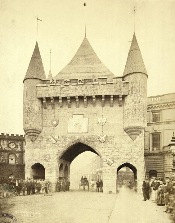 Historic Images of Sheffield City Centre triumphal arch