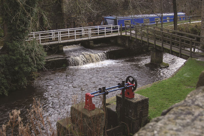 History of the history of Leeds-Liverpool Canal sluice