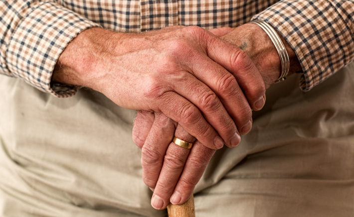 How to Make Moving To a Care Home Easy elderly