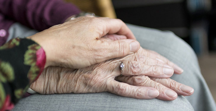How to Make Moving To a Care Home Easy main
