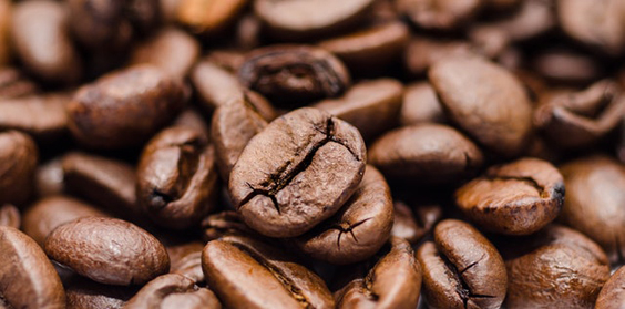 How to Pick the Right Coffee Machine for Your Needs beans
