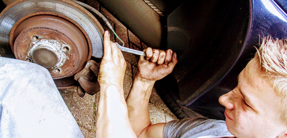 How to Repair Your Car at Home and Save Money