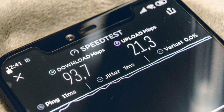 How to secure the fastest mobile Internet in the UK main