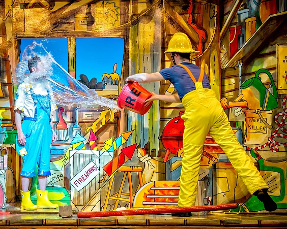 Jack and the Beanstalk review york theatre royal december 2017 pantomime Martin Barrass as Stanley Manly