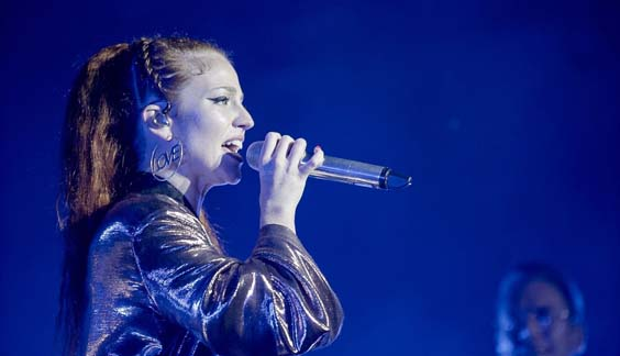 Jess Glynne live review Scarborough open air theatre