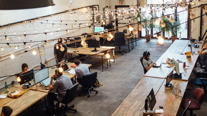 """Opportunities for Freelance Workers to """"Feel in an Office"""" group"""