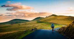 Reasons to Start Cycling in Yorkshire road