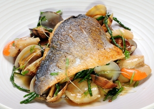 Sea Bream with Scallops and Clams