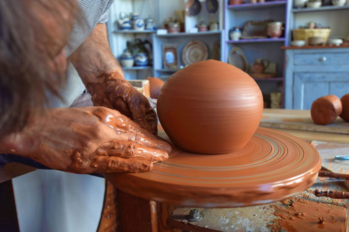 Seeking Inspiration in Puisaye-Forterre pottery