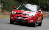 SsangYong Tivoli car review interior front