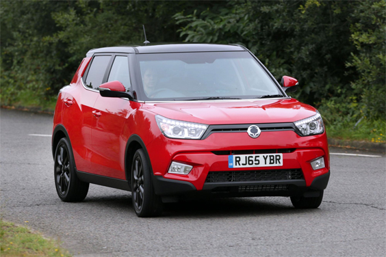 SsangYong Tivoli car review side