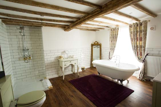 The Vicarage holmes chapel hotel review bathroom