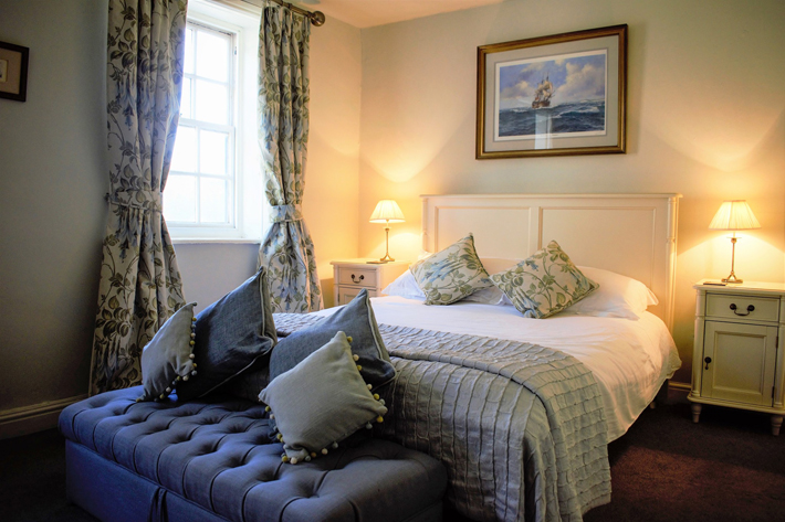 The White Horse & Griffin Hotel & Restaurant, Whitby – Review bedroom