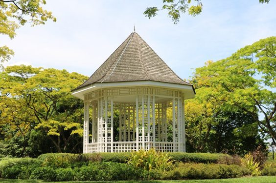 Tips You Should Know to Throw a Perfect Garden Party gazebo