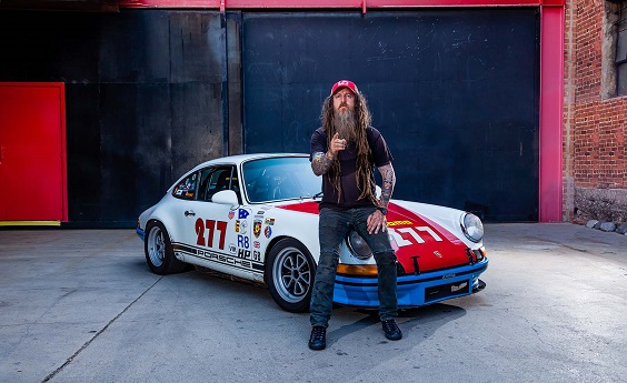Urban Outlaw magnus walker book review porsche