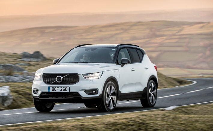 Volvo XC40 Recharge PHEV Hybrid Car Review front