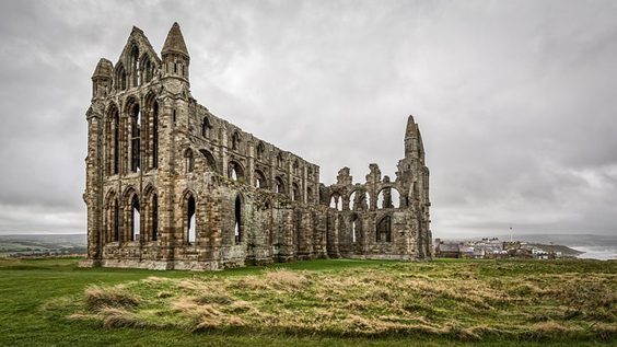 Yorkshire's Most Unique Free Activities For Locals And Tourists Alike whitby abbey