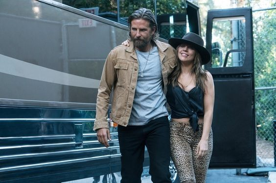 a star is born film review 2018 bus