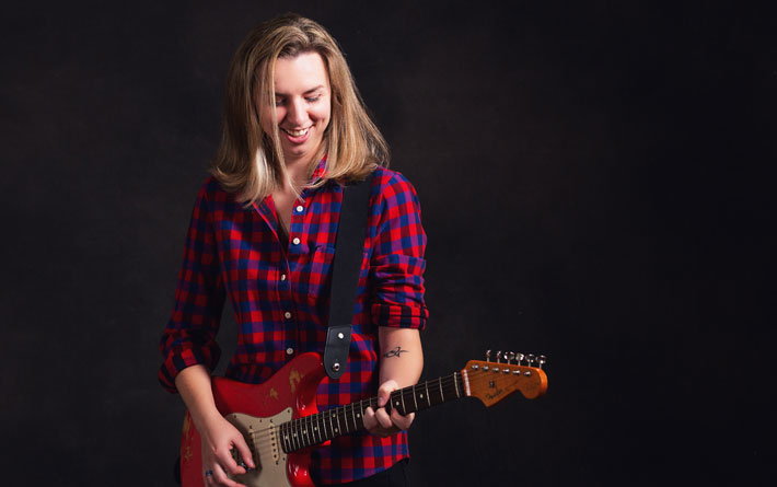 amy mantis interview musician space between