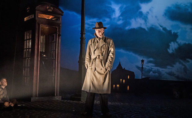 an inspector calls review hull new theatre september 2019 main