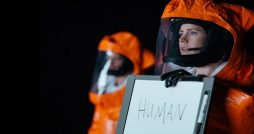 arrival film review human sign