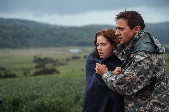 arrival film review renner
