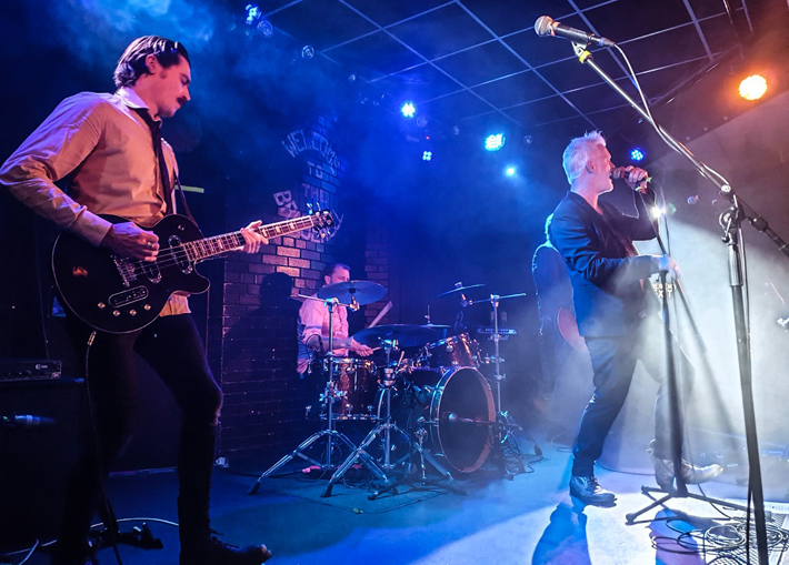 baby bird live review leeds brudenell december 2019 band