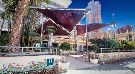 benidorm holiday review hotel nereo entrance