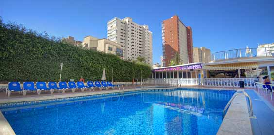 benidorm holiday review hotel nereo swimming pool