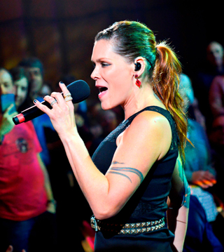 beth hart interview singing